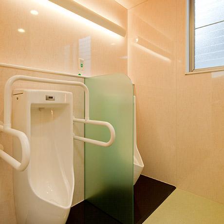 写真:男子トイレ